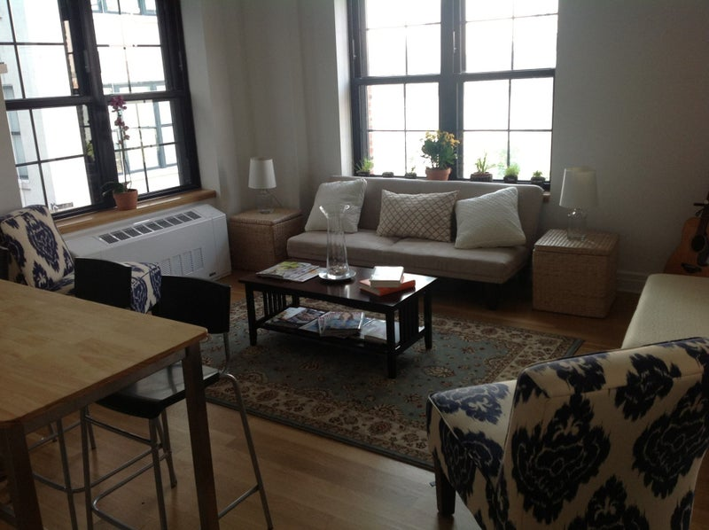 Click To Zoom: The Living Room