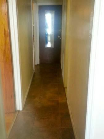 Large Sunny Master Bedroom With Private Entrance Room To Rent