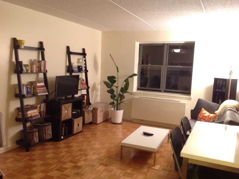 39 large room private bathroom in big 2bed 2bath apt 39 room for Ample closet space