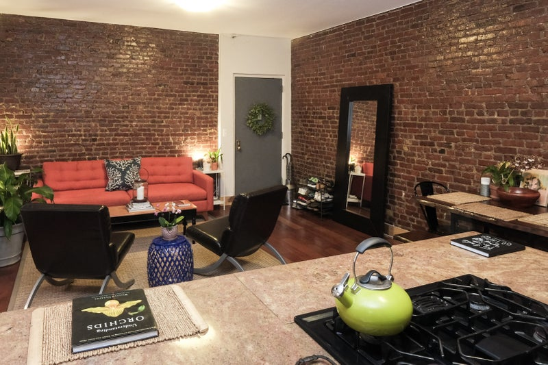 Weekly Room For Rent Harlem