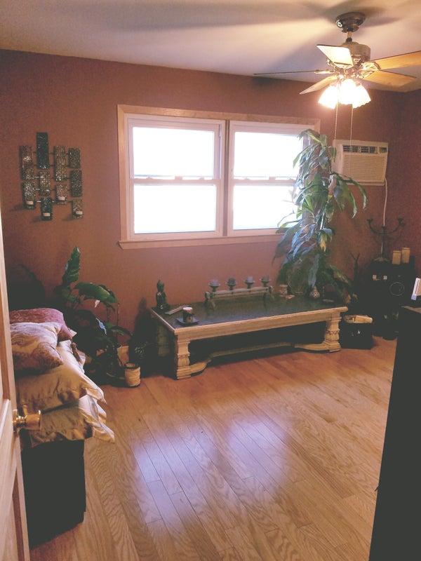 Seeking 👀 1 Roomate For Lrge Bedroom Annadale Room To