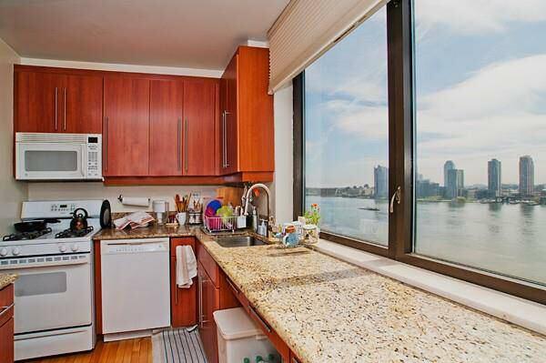Room For Rent Private Bathroom Doorman Bldg Room To Rent From - Rooms for rent with private bathroom and kitchen