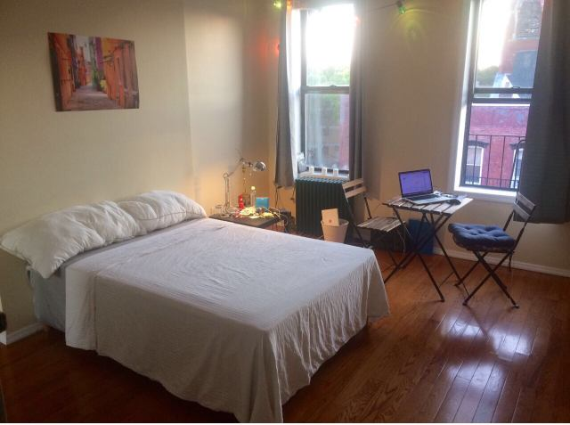 Looking For A Roommate To Move Into Quiet Railroad Apartment With Me On March 1 Furnished Both The Large Bedroom And Middle Room Are