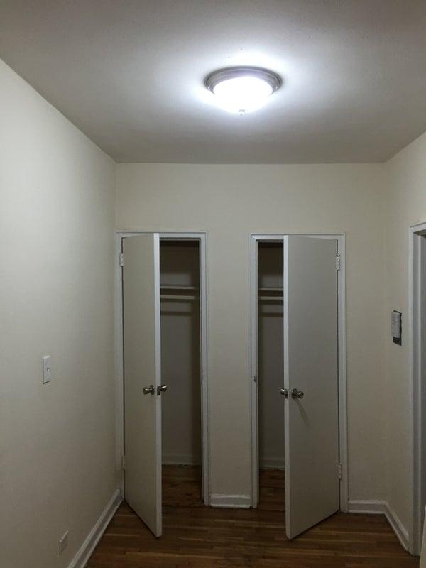 Spacious studio sublease/rent Montefiore Hospital ' Room to