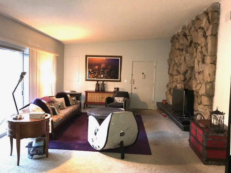 Large Unfurnished Master Bedroom + Ensuite + Parki\' Room to ...
