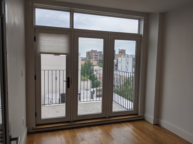 Rooms Available-Stunning Prime Williamsburg Apt' Room to