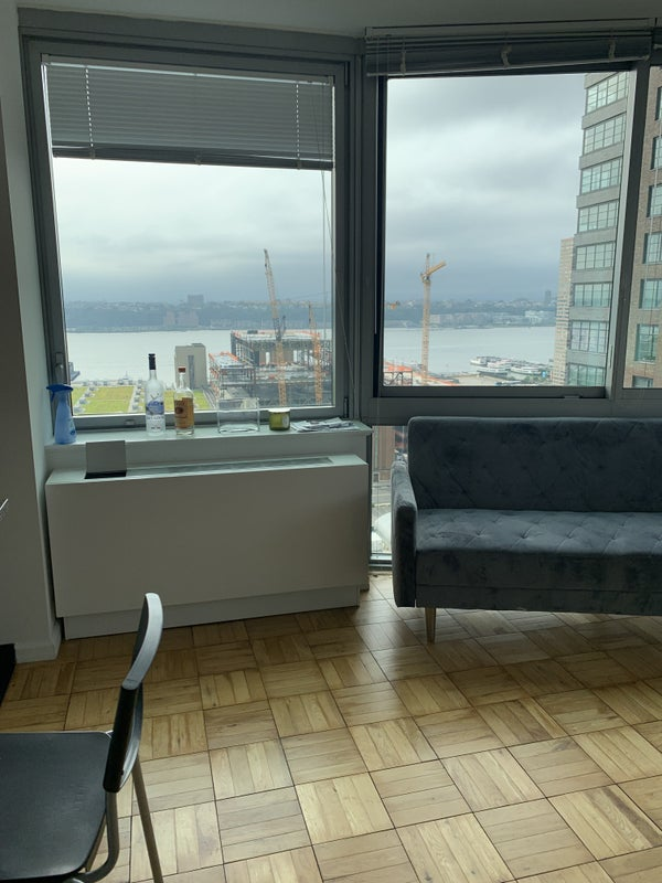 Flex Bedroom With Balcony In Hudson Yards Room To Rent