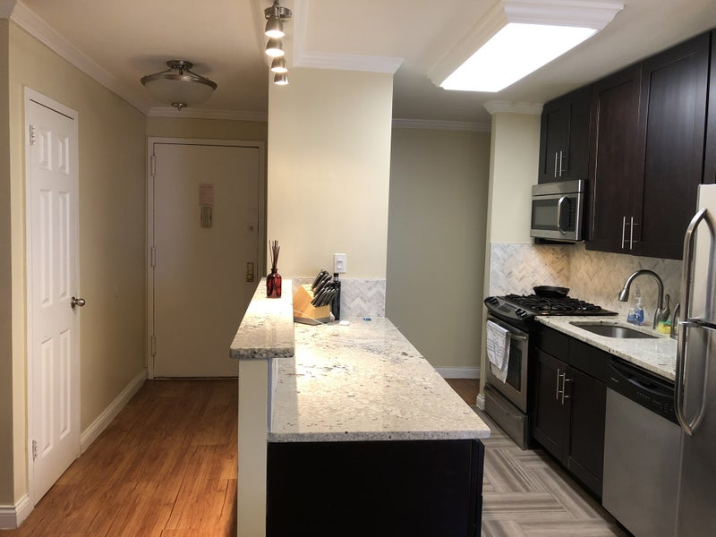 Apt In Midtown West 1750 Room To Rent From Spareroom